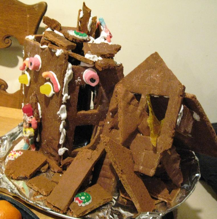 Post Nuclear Gingerbread House 2007